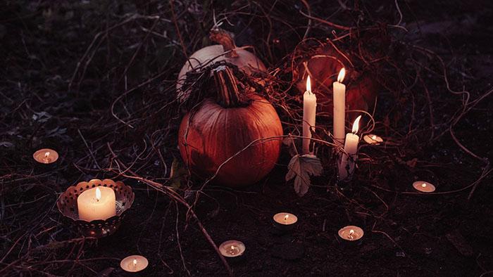 Halloween Pumpkin Candles.jpeg