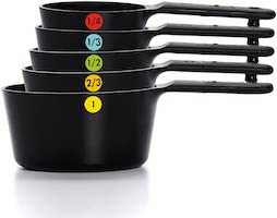 Oxo good grips plastic measuring cups